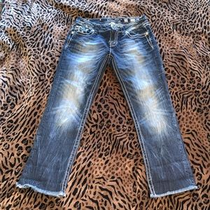 Miss Me cropped jeans size 28 - barely worn